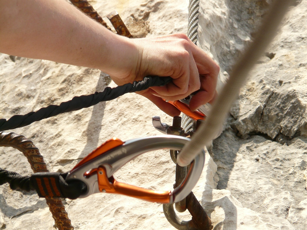 carbine rope hook free photo