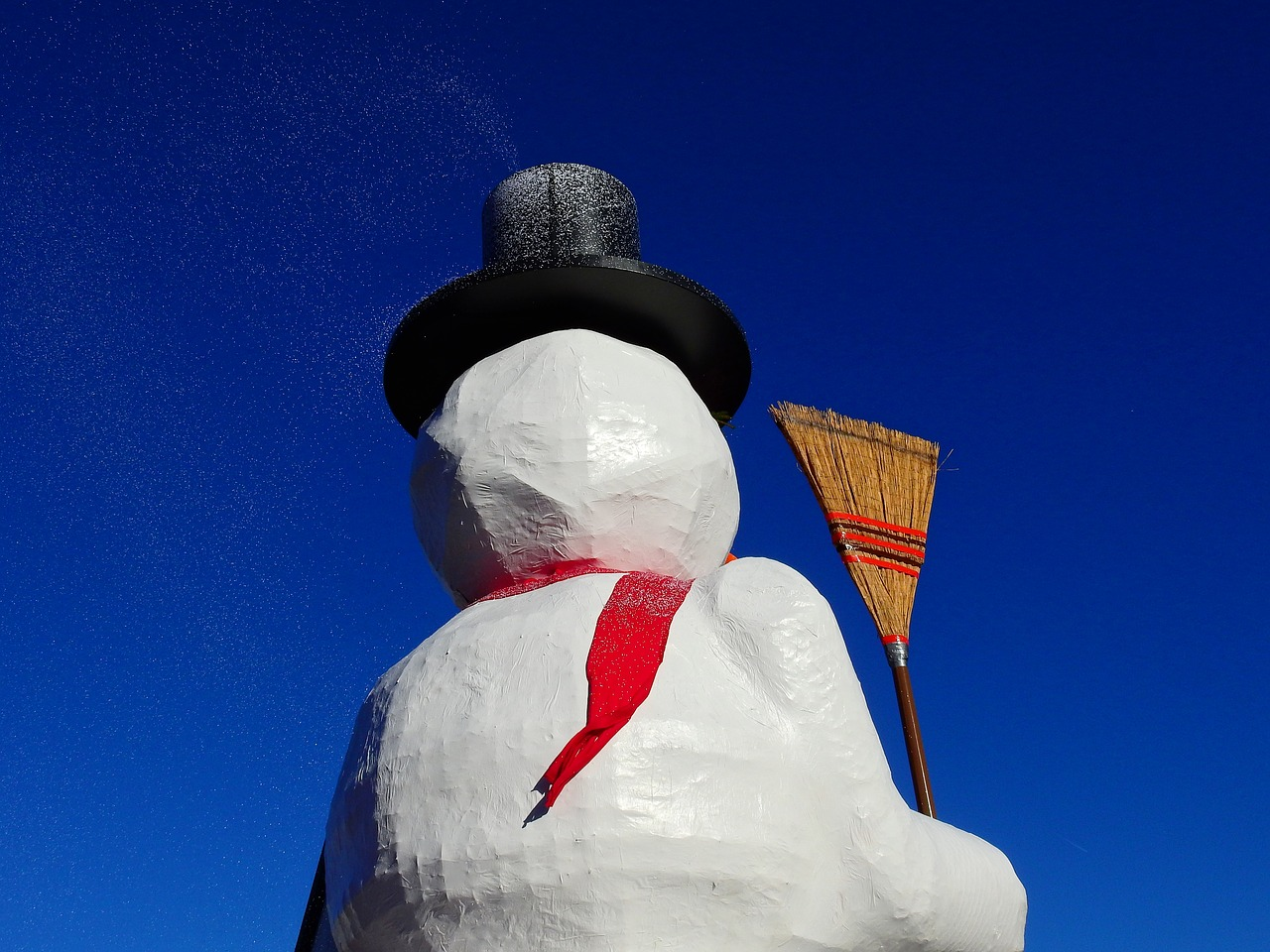carnival move snow man free photo