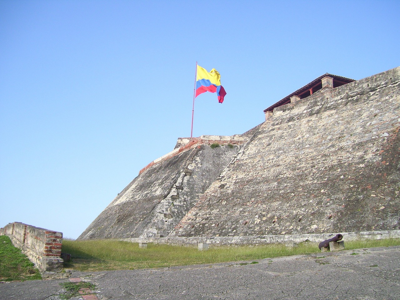 cartagena colombia castle free photo