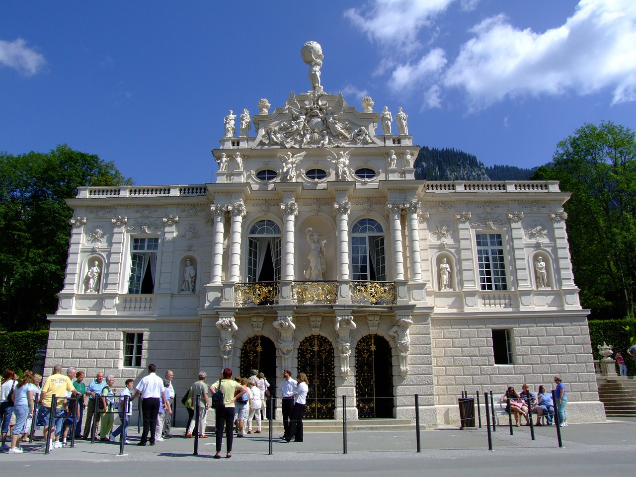 castle linderhof palace architecture free photo