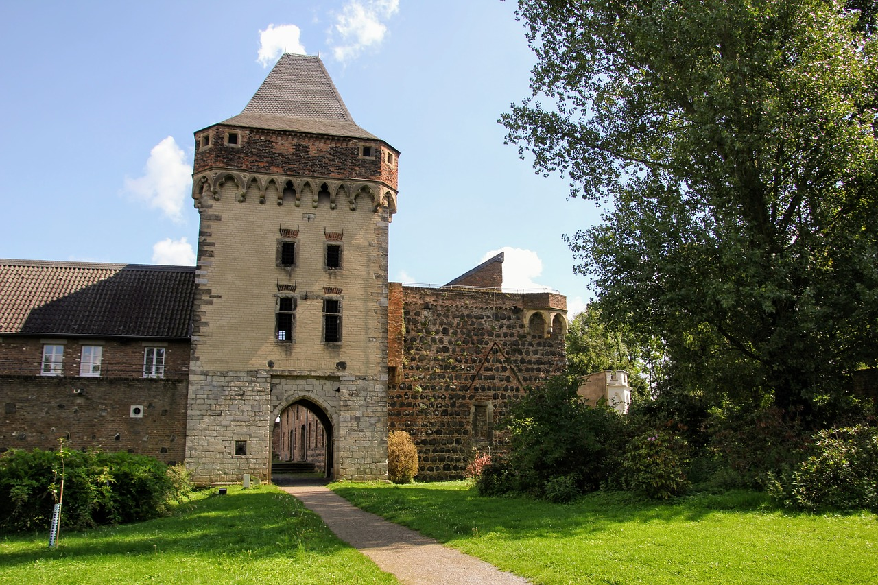 Castle Wall Old Fortress Germany Free Image From Needpix Com