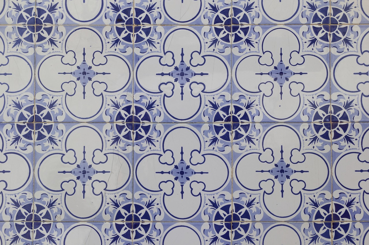 ceramic,portugal,tiles,wall,covering,regular,pattern,free pictures, free photos, free images, royalty free, free illustrations, public domain