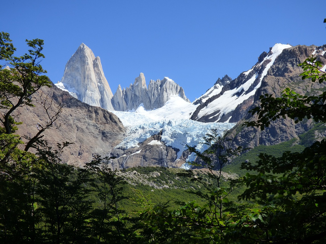 chaltén fitz roy mountain free photo
