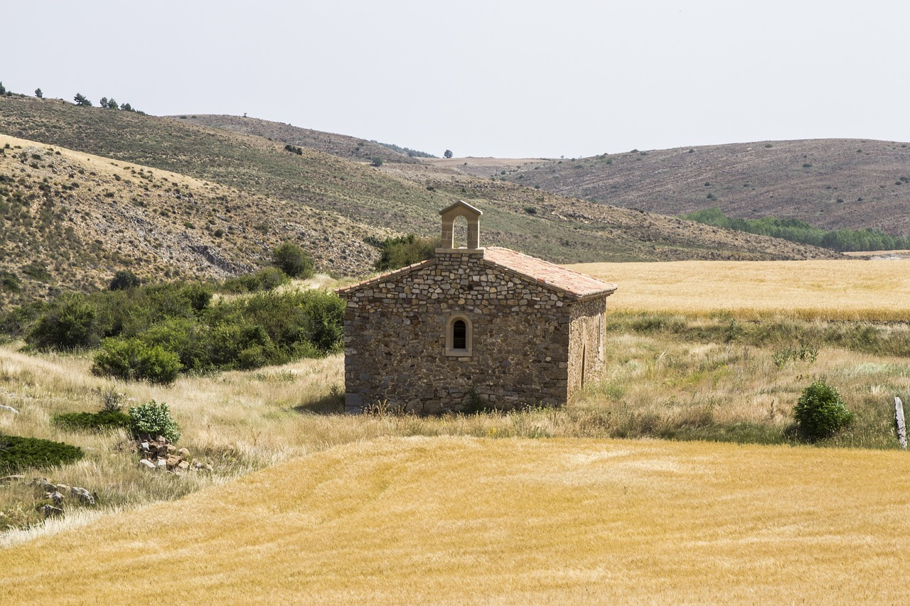 chapel romanesque church rustic free photo