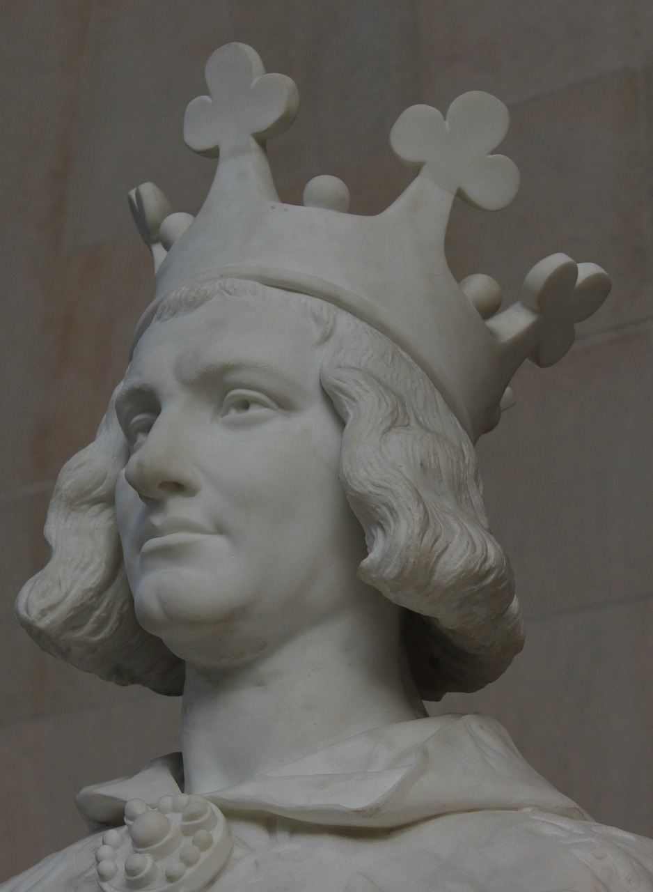 charles the great statue crown free photo