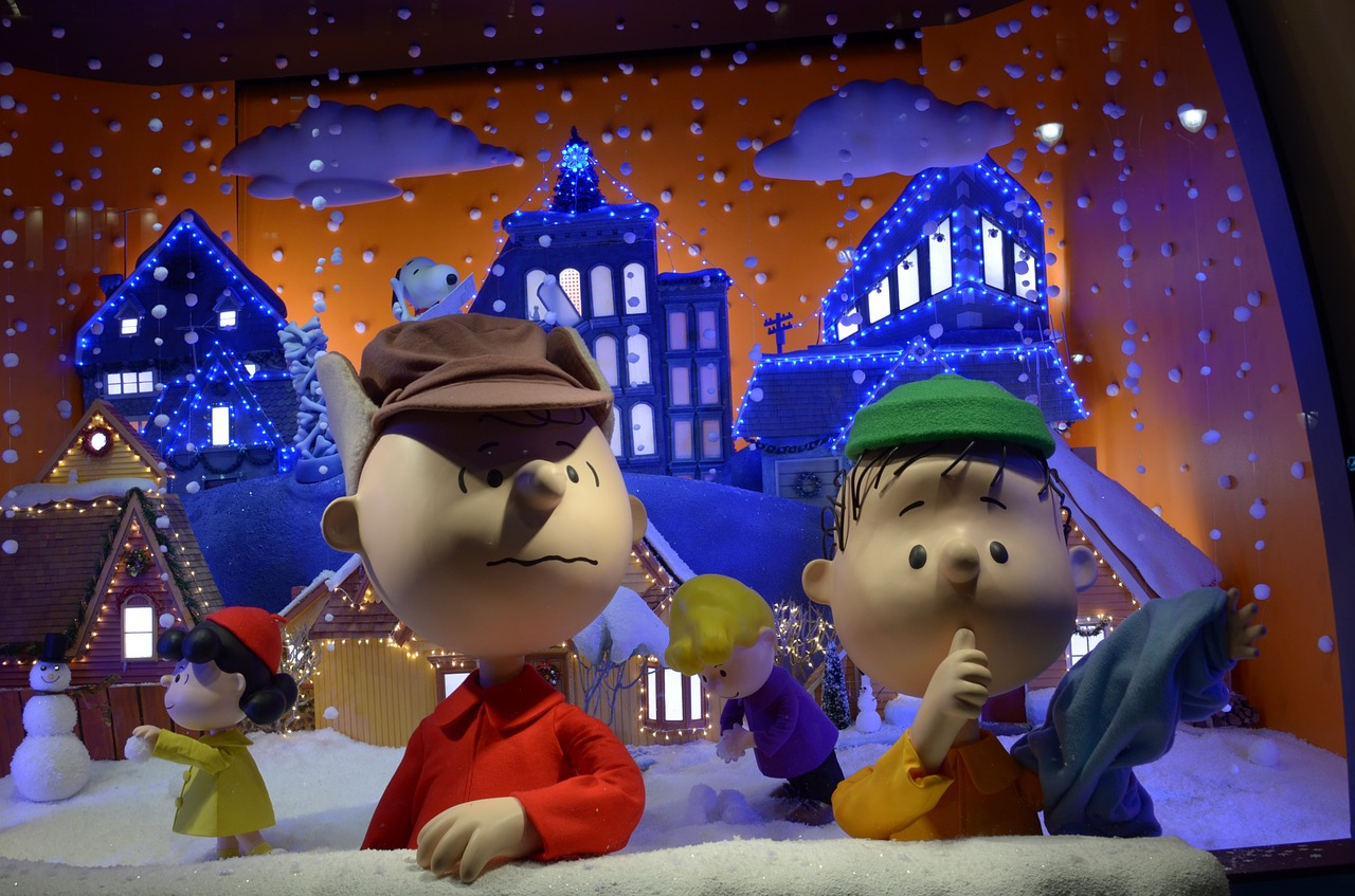charlie brown snow holiday free photo