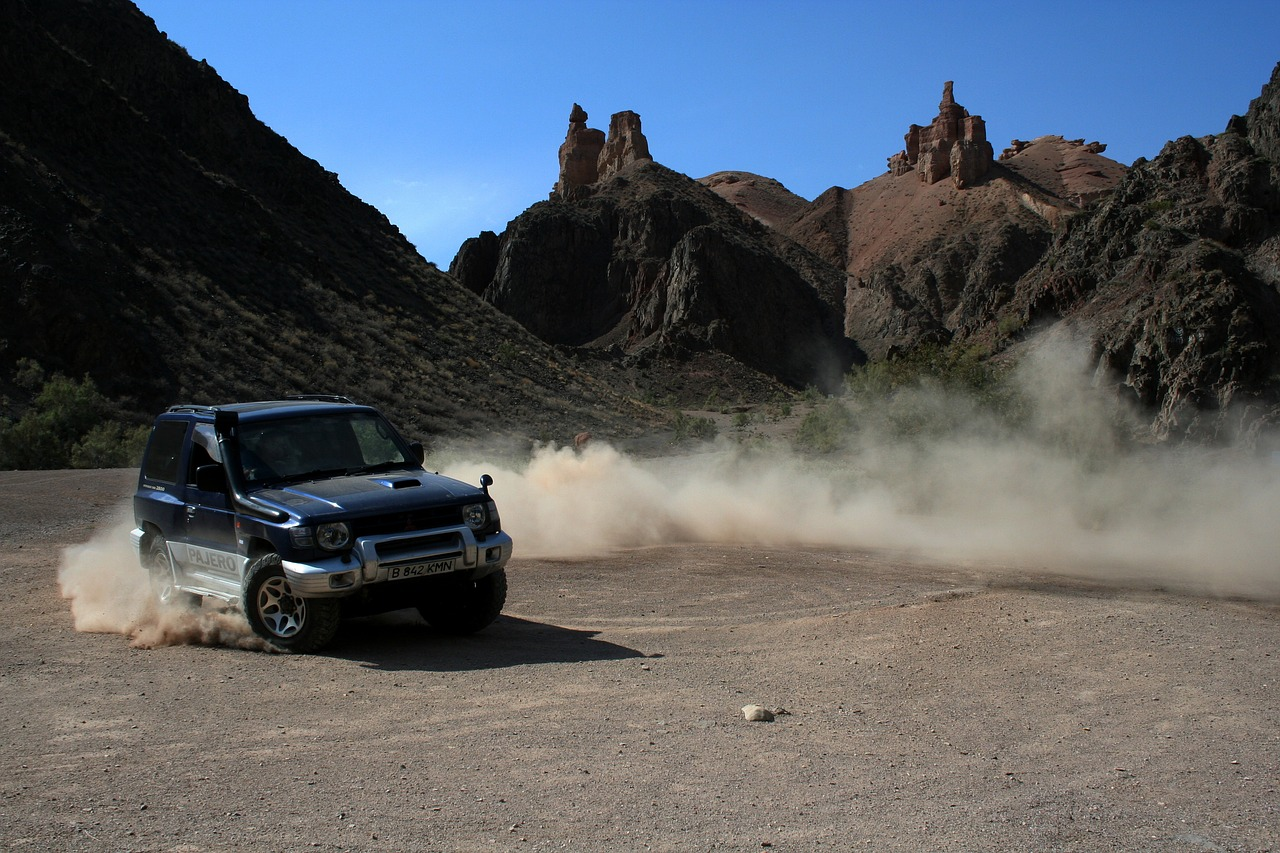 charyn,kazakhstan,suv,canyon,free pictures, free photos, free images, royalty free, free illustrations