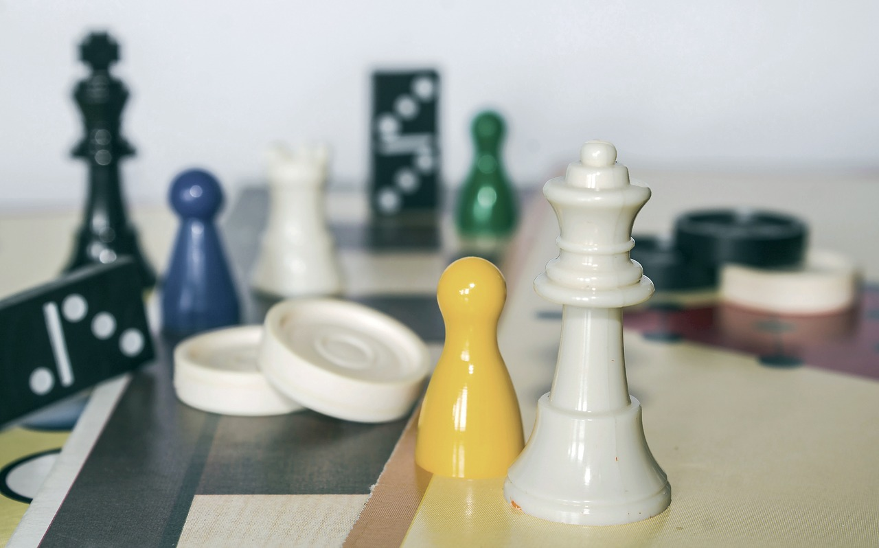 chess game figure strategy free photo