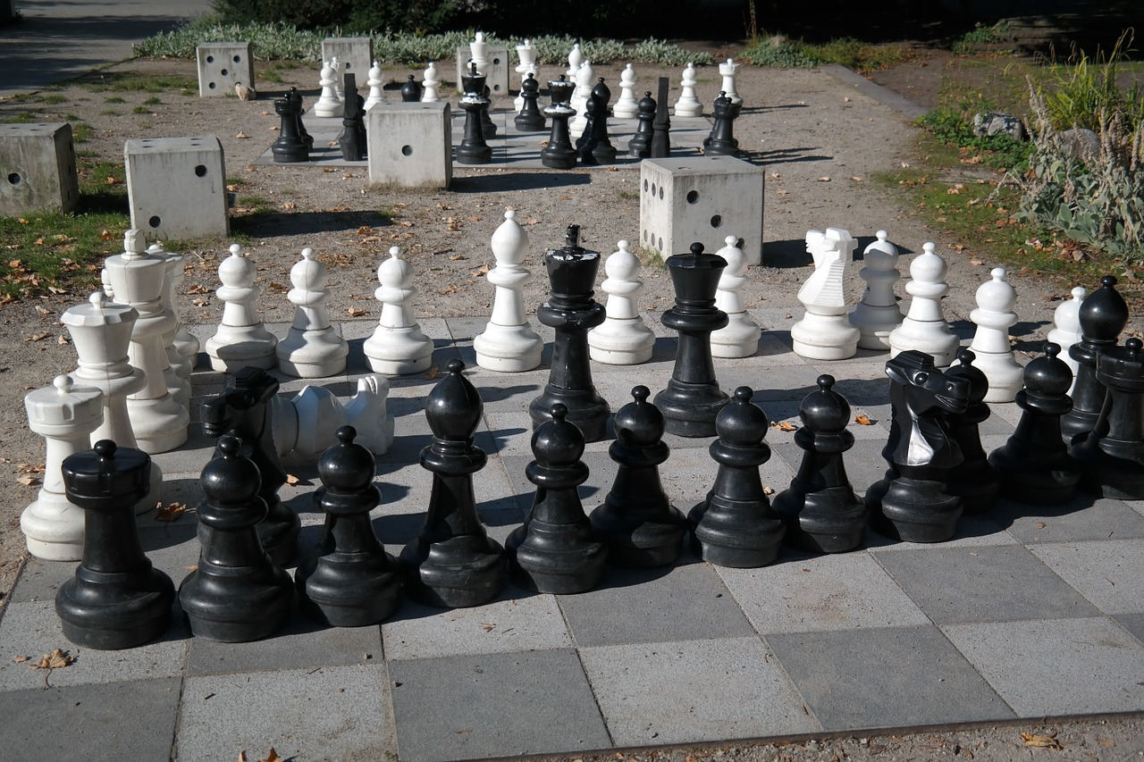 chess chess board chess pieces free photo