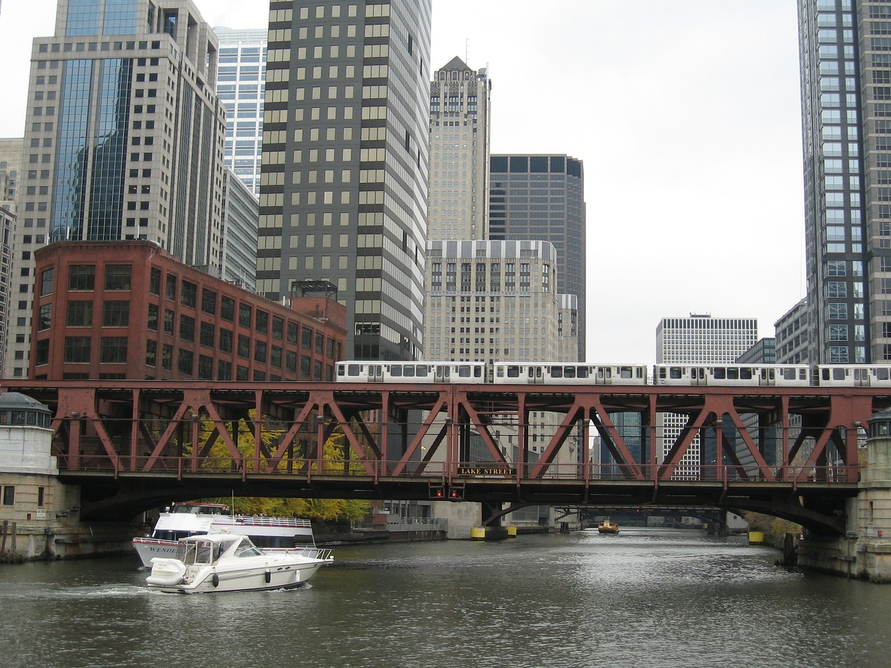 chicago river canal free picture