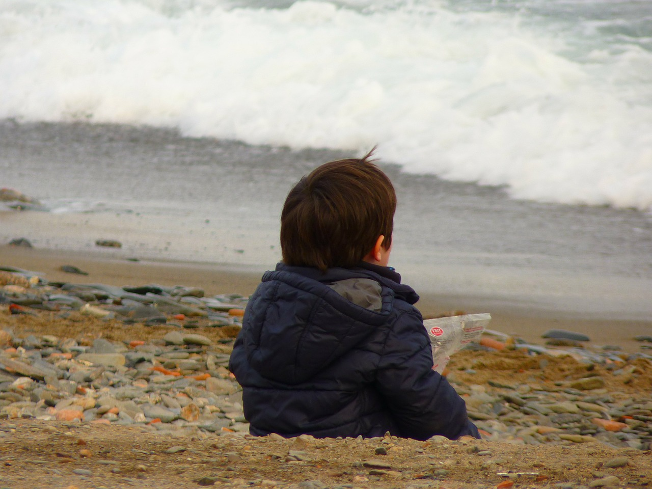 child sea beach free picture