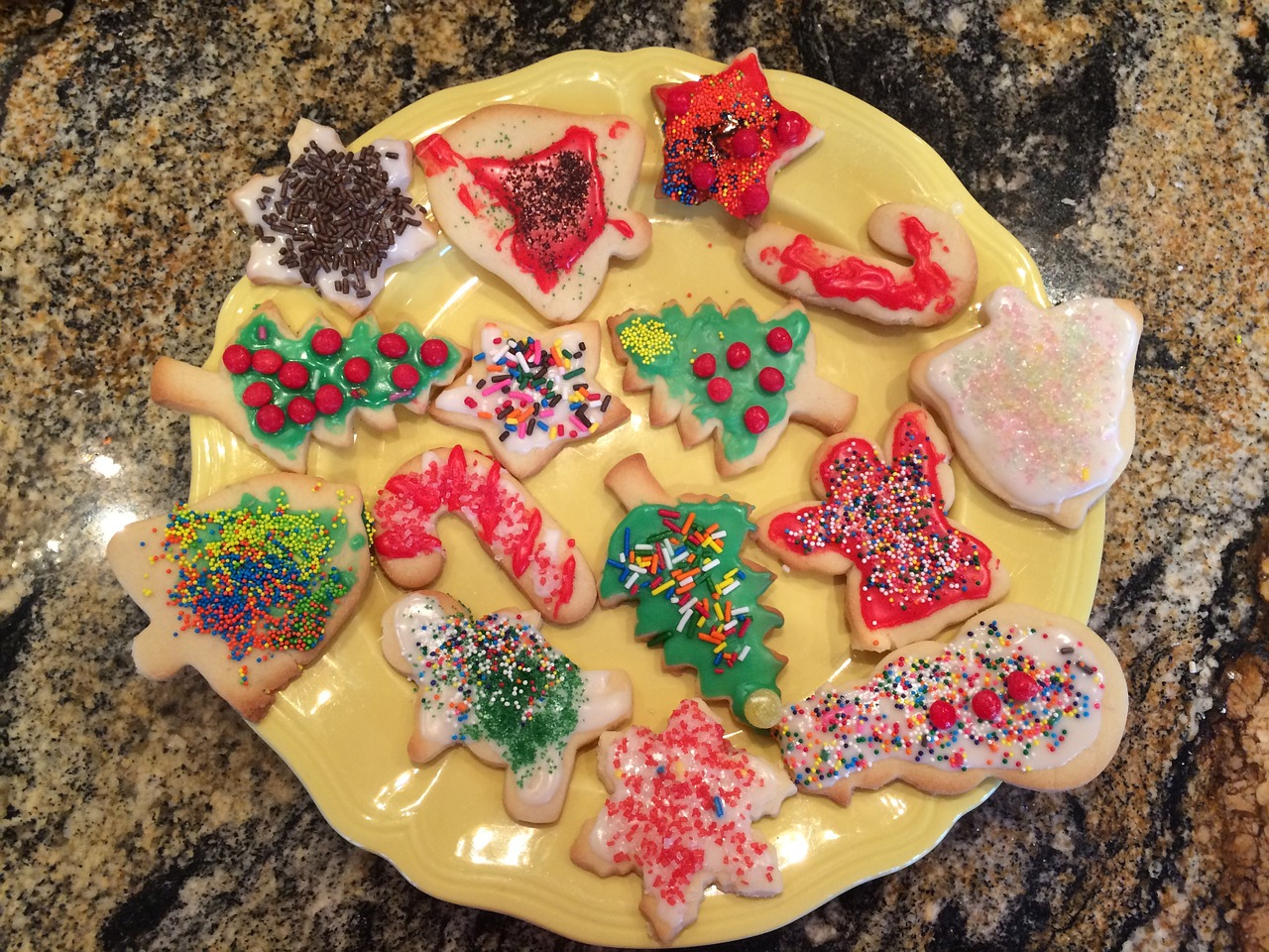 christmas cookies plate free photo
