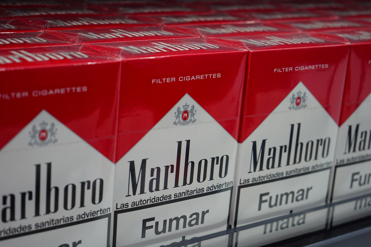 cigarettes,marlboro,cigarette brand,cigarette sales,music,shop,philip morris international,cigarette packaging,cigarette packs,cigarette packet,smoking,red,white,free pictures, free photos, free images, royalty free, free illustrations