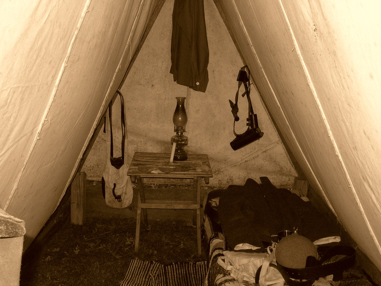 Civil war,tent,camp,lantern,sepia - free image from needpix.com