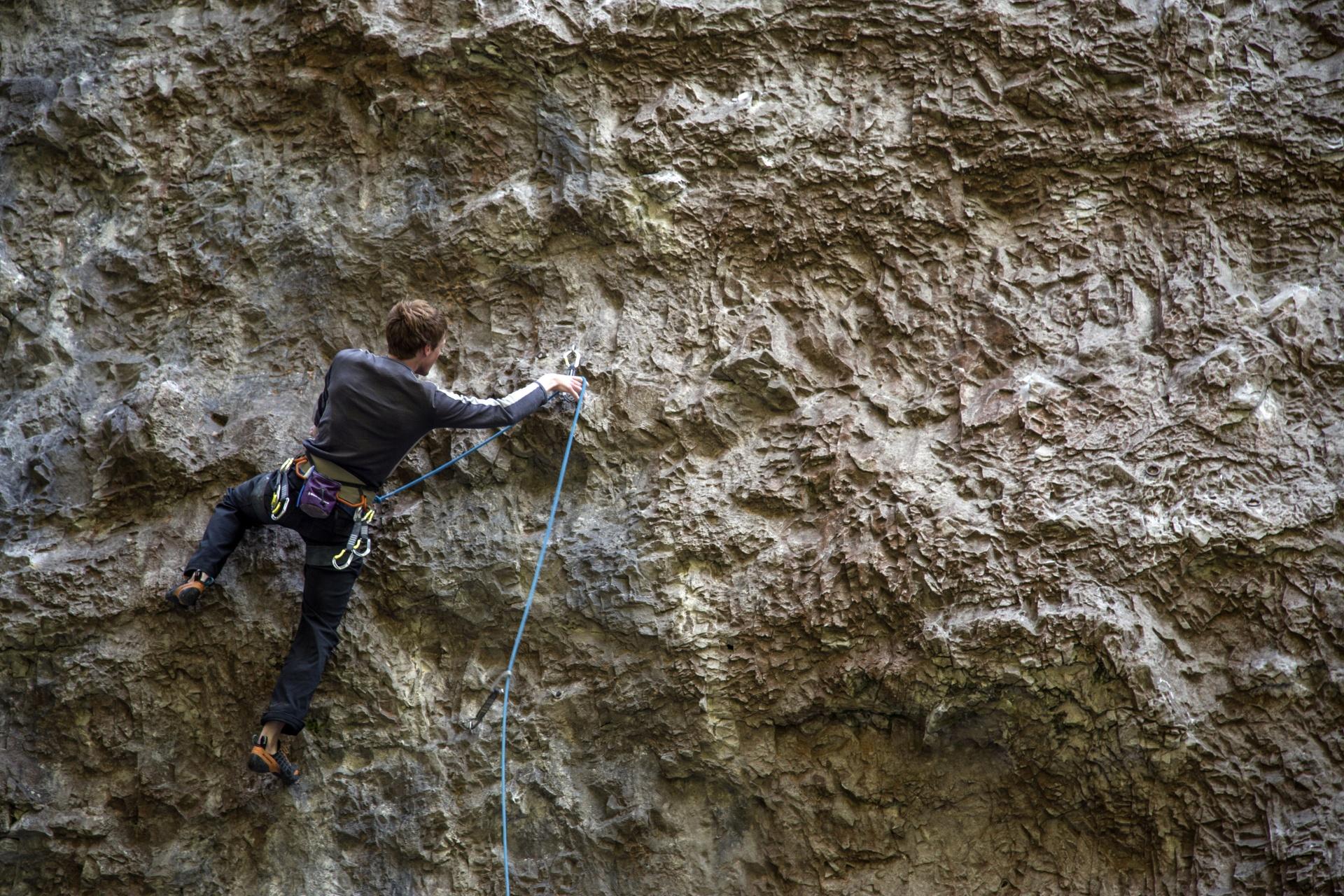 Singles indoor rock climbing