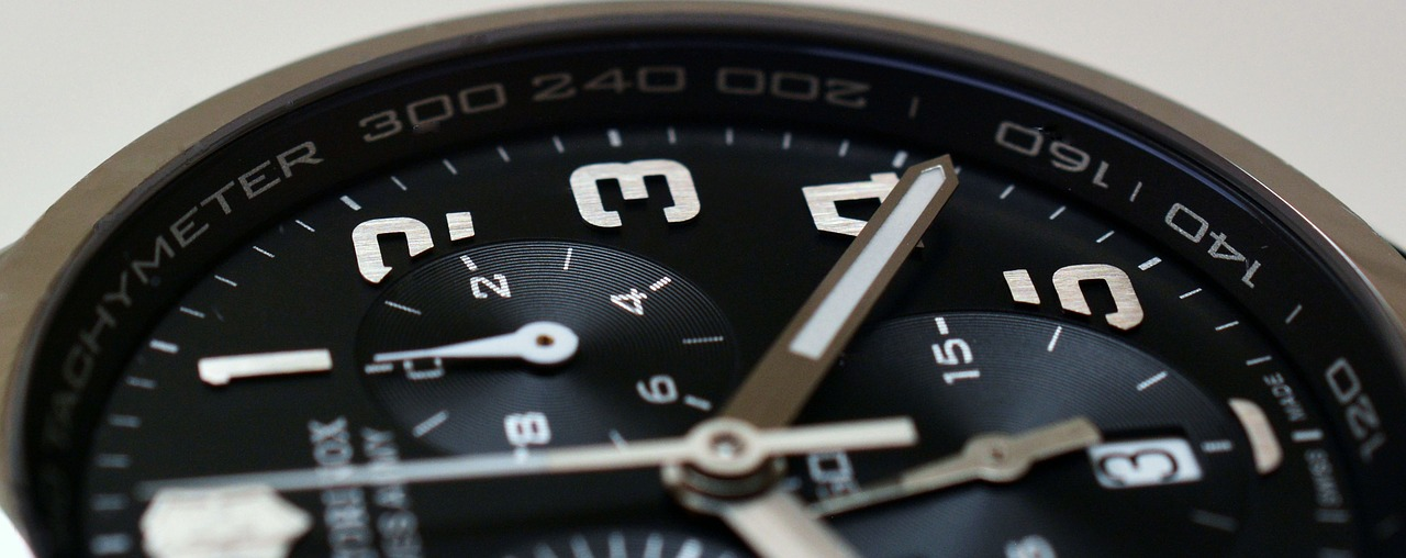 clock,time,watch,chronograph,masculine,pointer,time indicating,dial,time of,wait,stress,hours,measure time,impatience,victorinox,meeting,free pictures, free photos, free images, royalty free, free illustrations, public domain