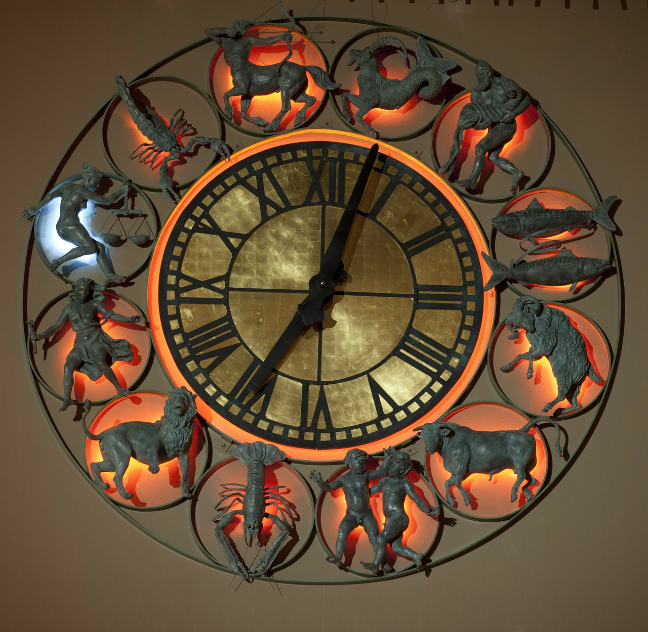 clock astronomical time free photo