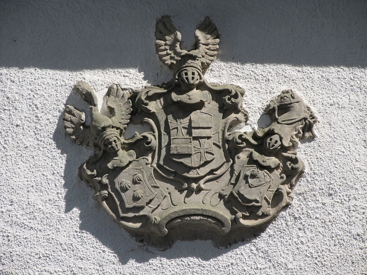 coat of arms input home free photo