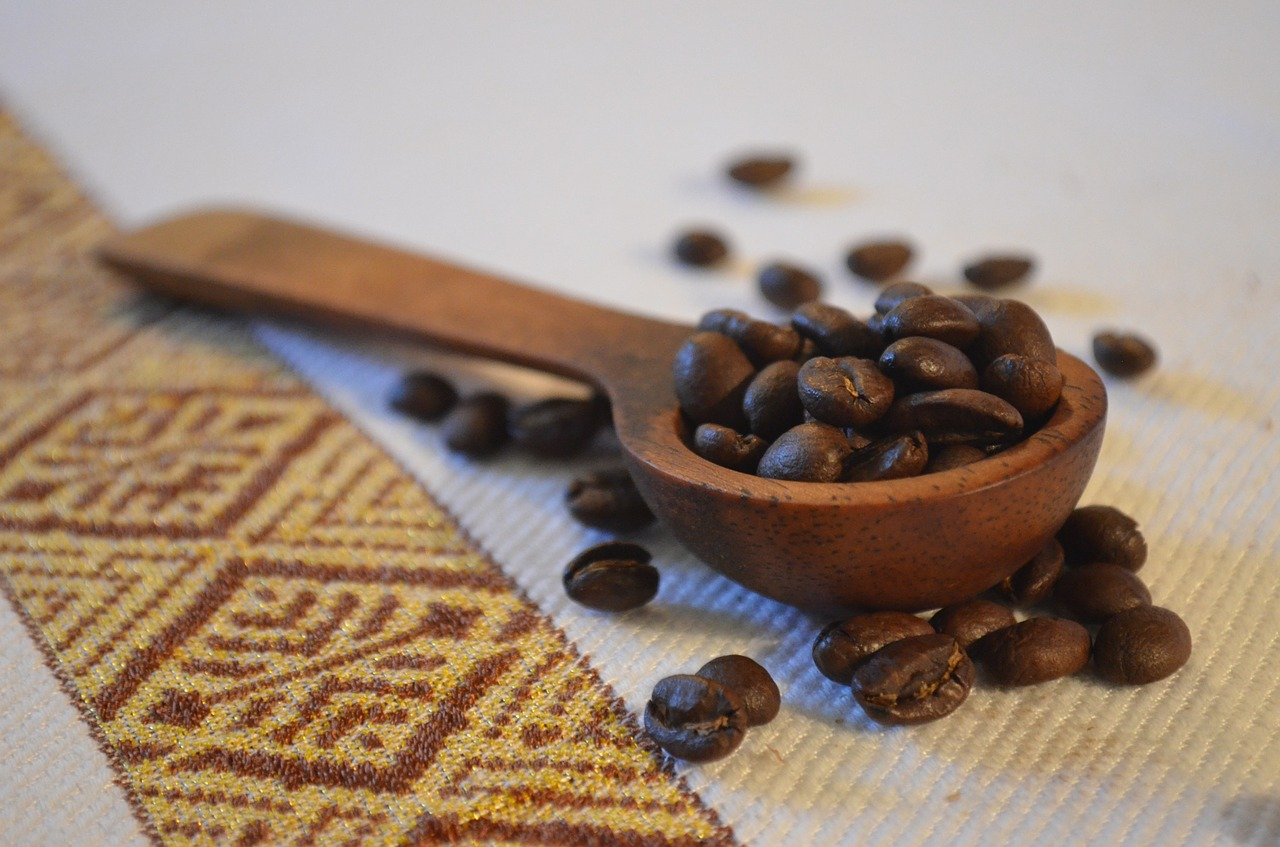 coffee beans spoon free photo