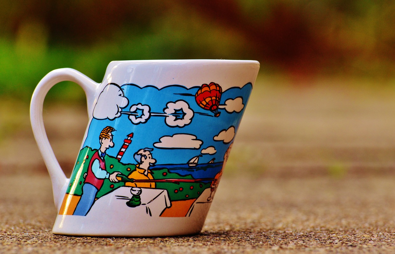 coffee cup wind forward free photo