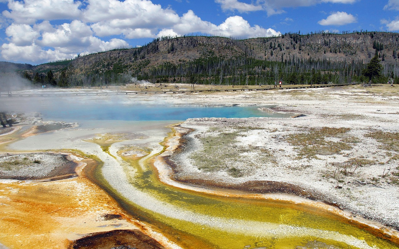 color yellowstone national park wyoming free photo