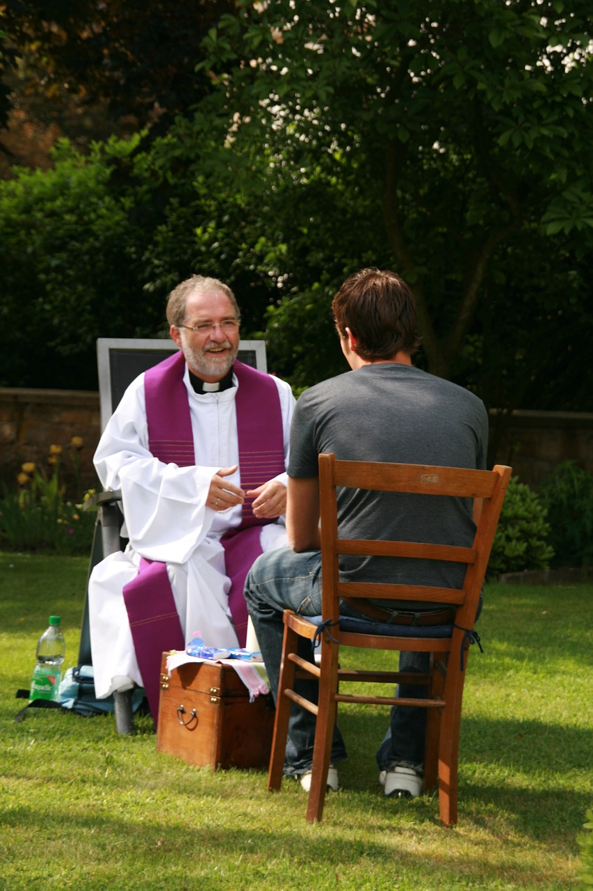 Chat with a priest online