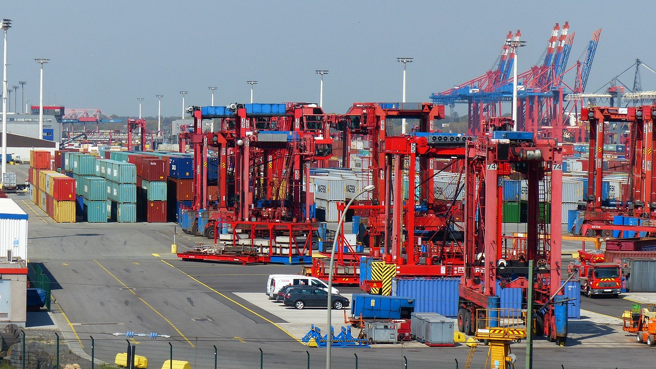 container lifter container port free photo