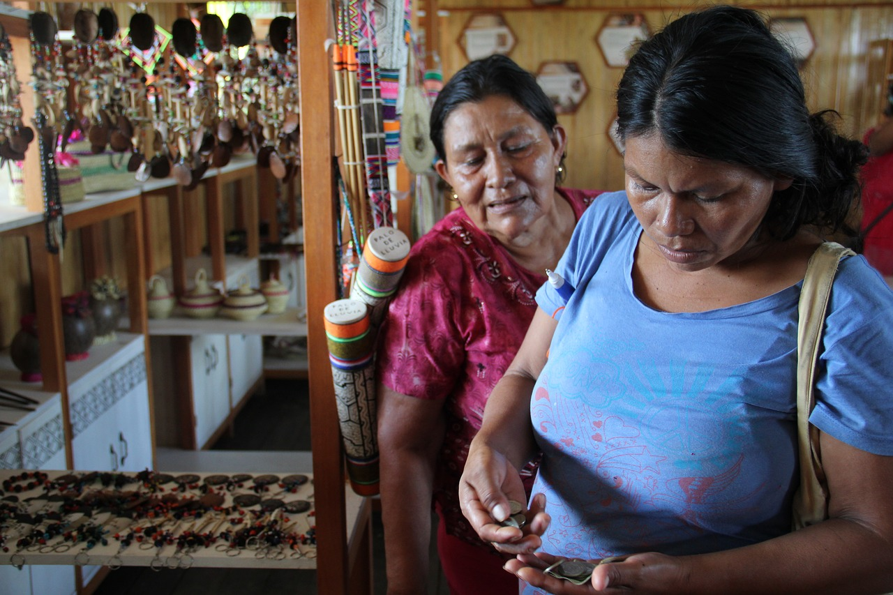 crafts amazon peru free photo