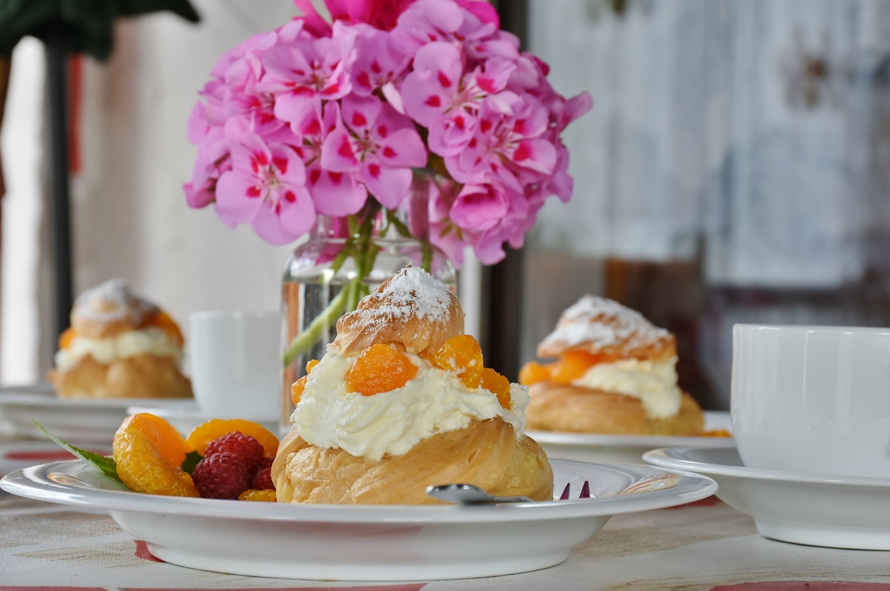 cream puff pastries bake free photo