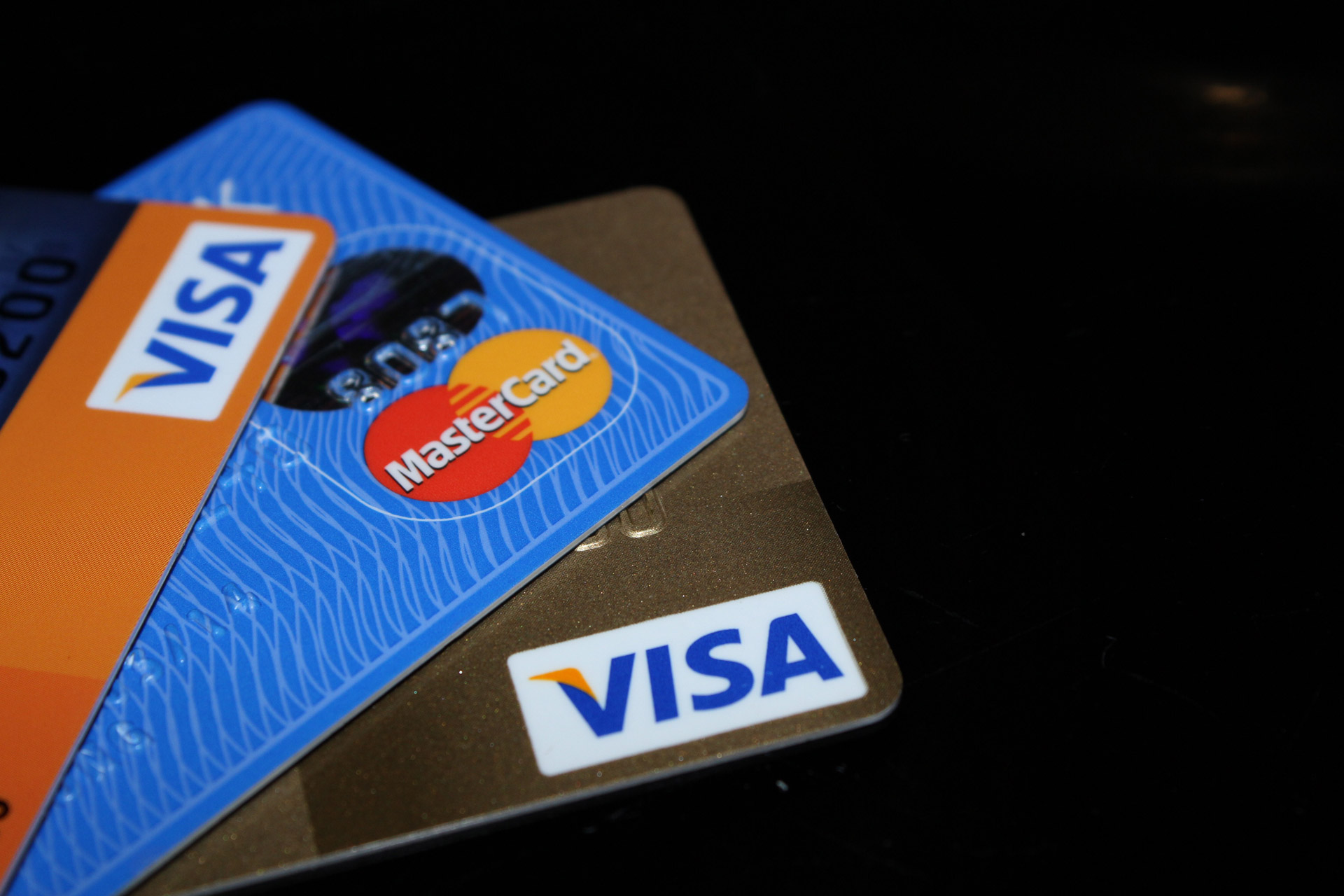Credit cards,atm,cash card,debit card,cards - free image from needpix.com