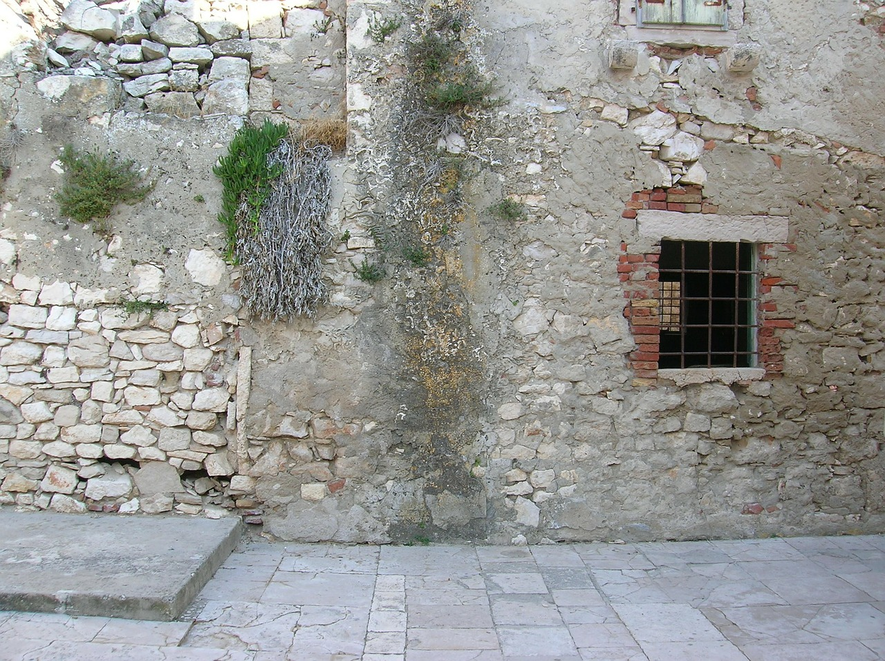 croatia susak island ruin free photo