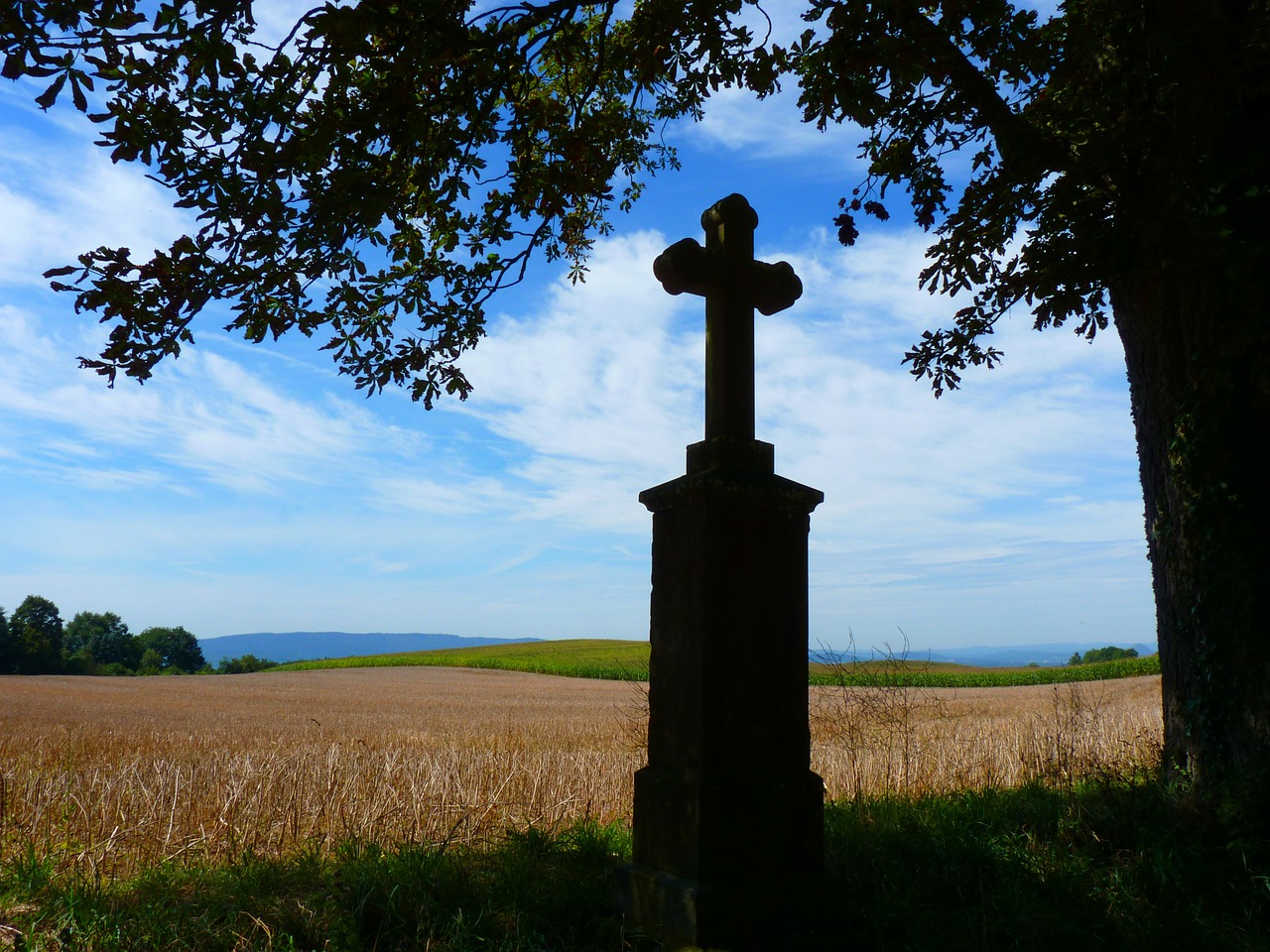 cross away crosses monument free photo