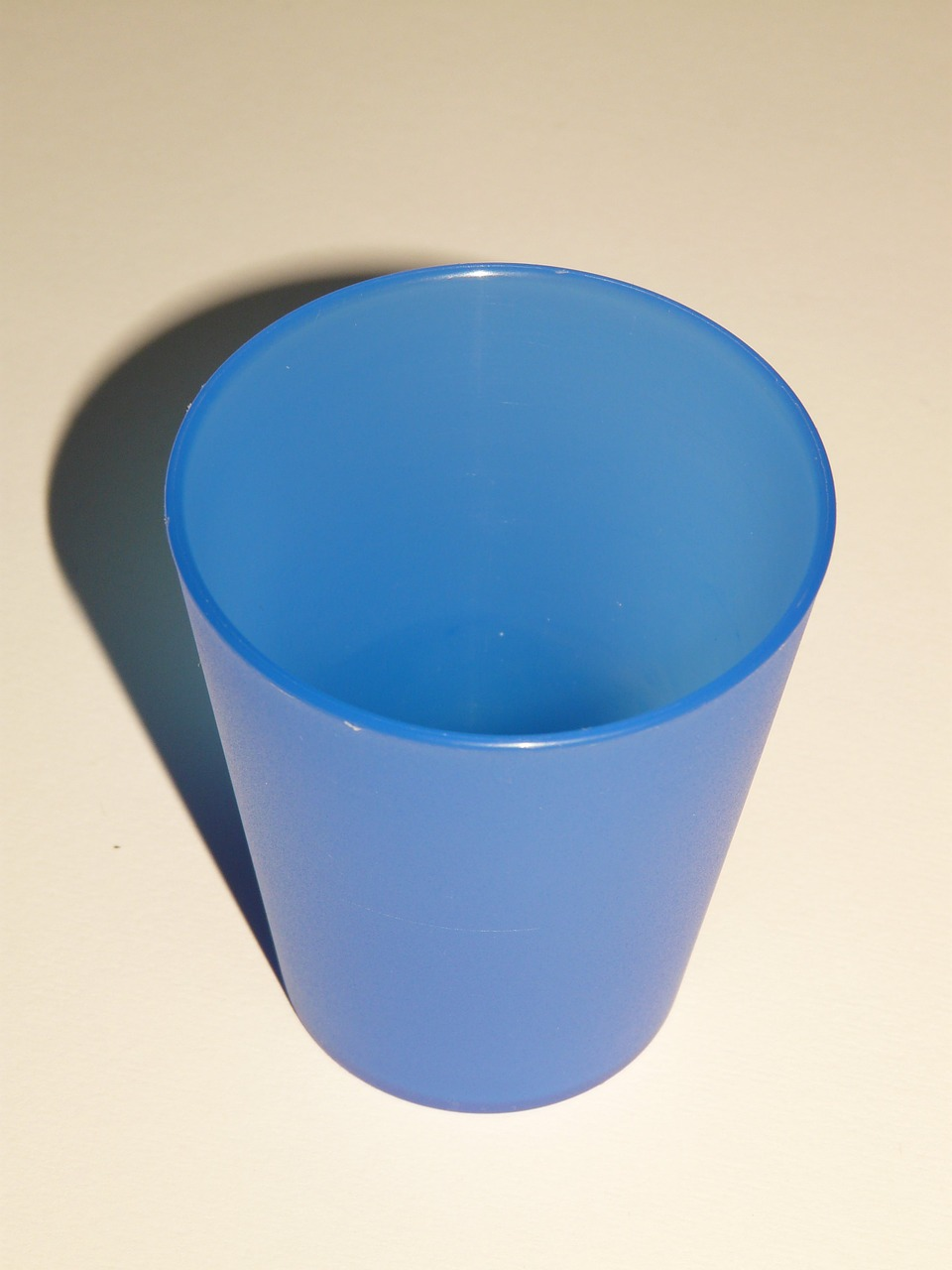 cup drink blue free photo
