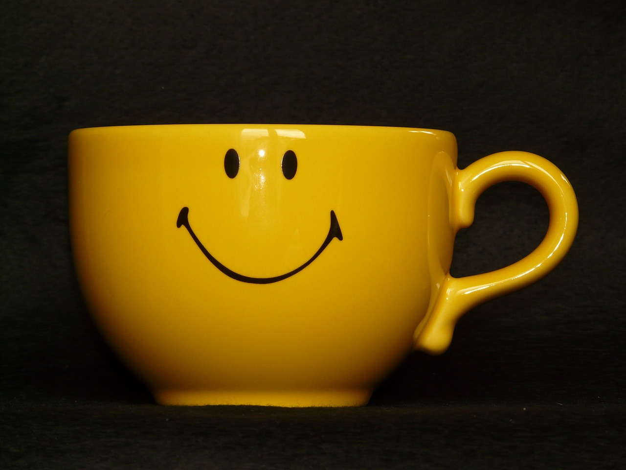 cup coffee cup smiley free photo