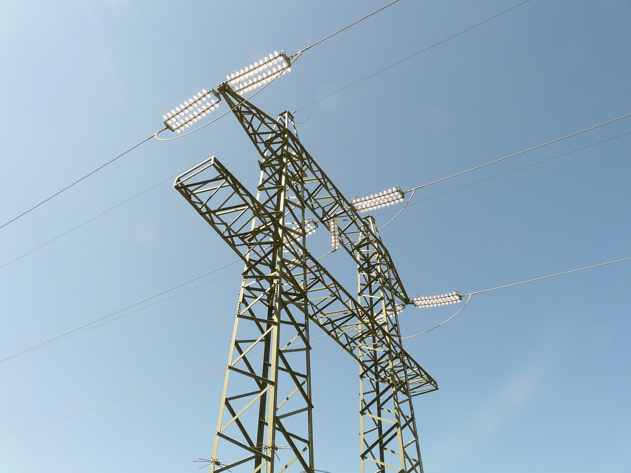 current strommast electricity free photo