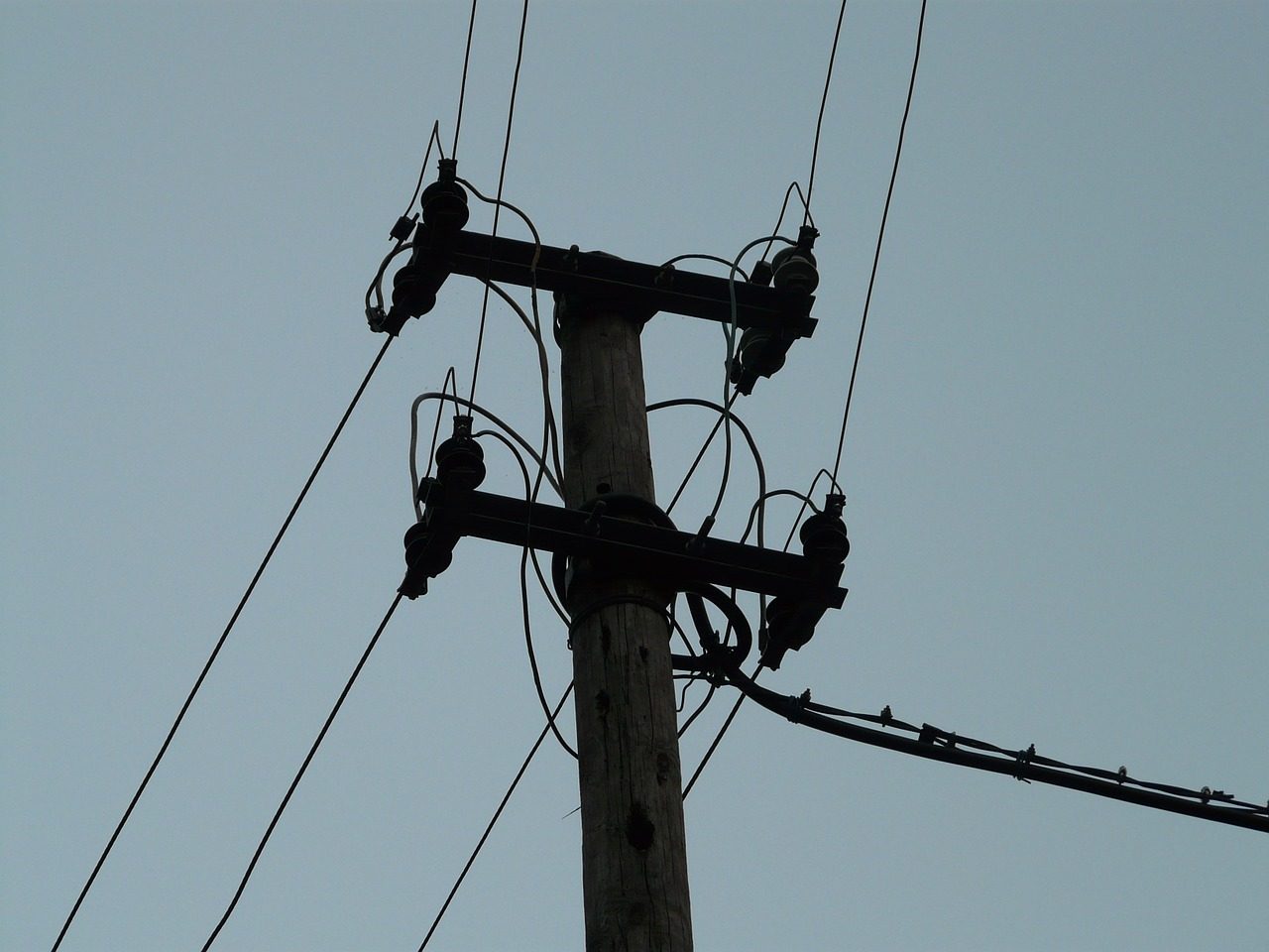 current power line strommast free photo