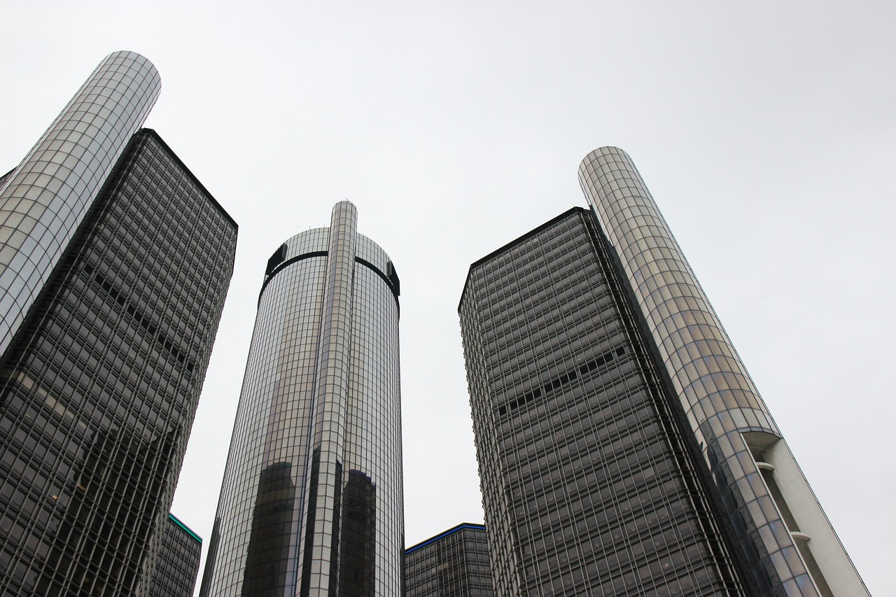 renaissance center general motors detroit free picture