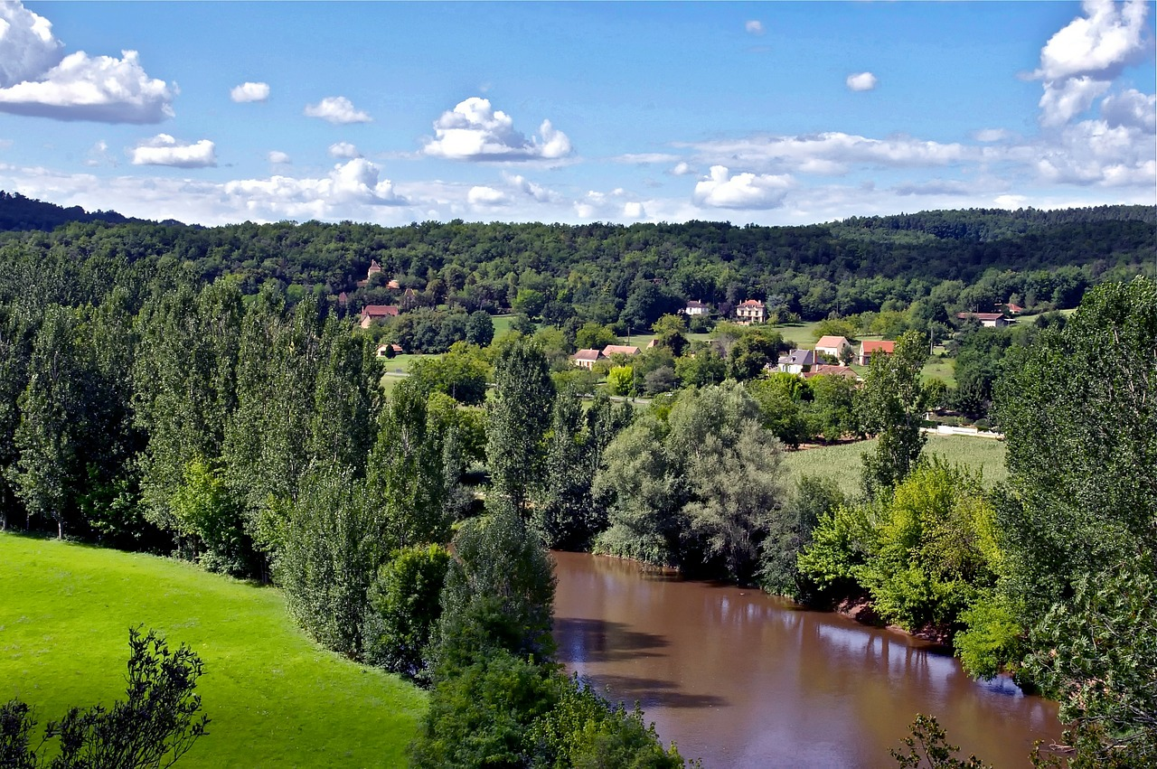 dordogne france landscape free photo
