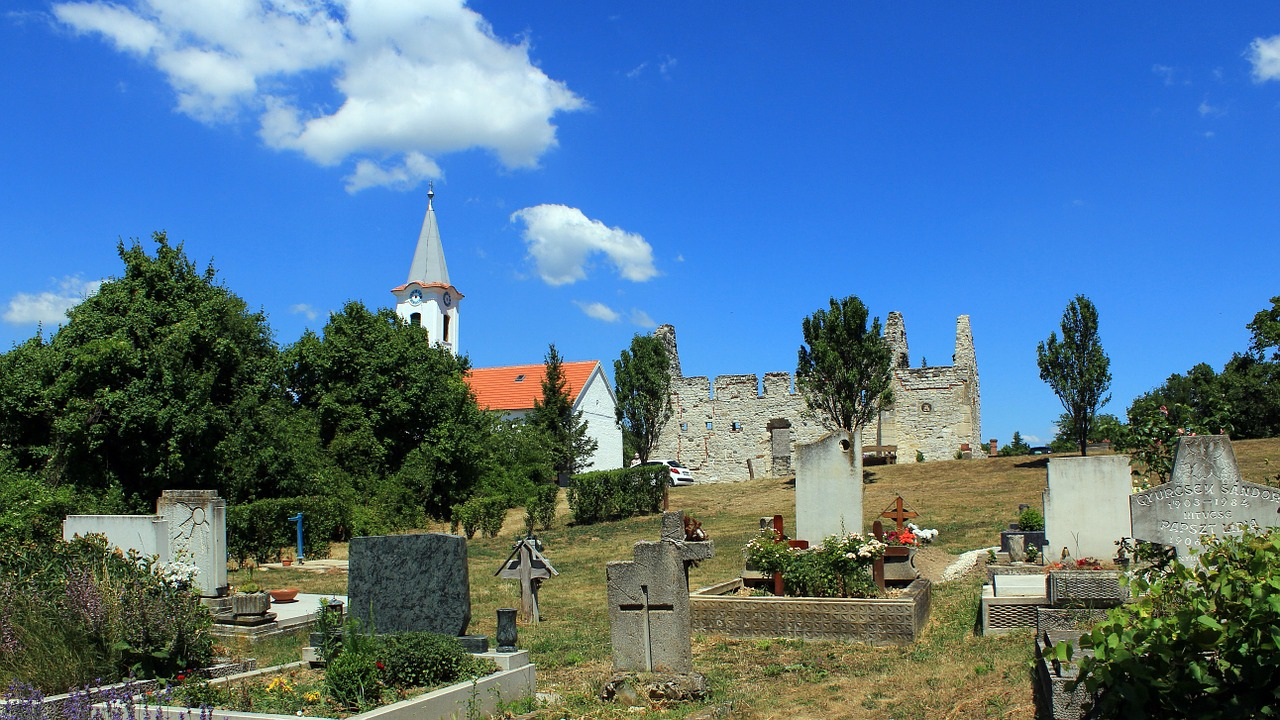 dörgicse old cemetery balaton uplands free photo