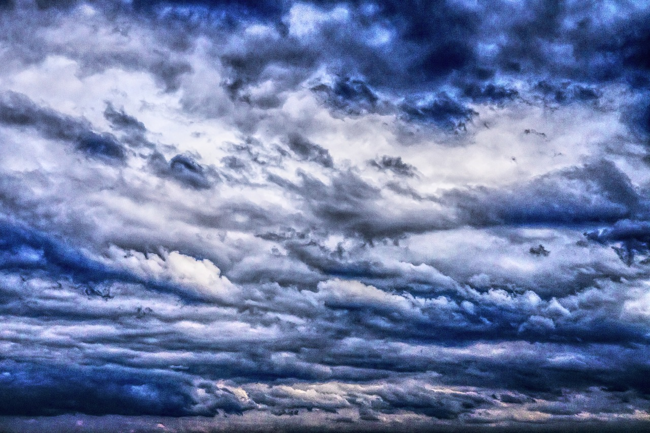 dramatic clouds drama free photo