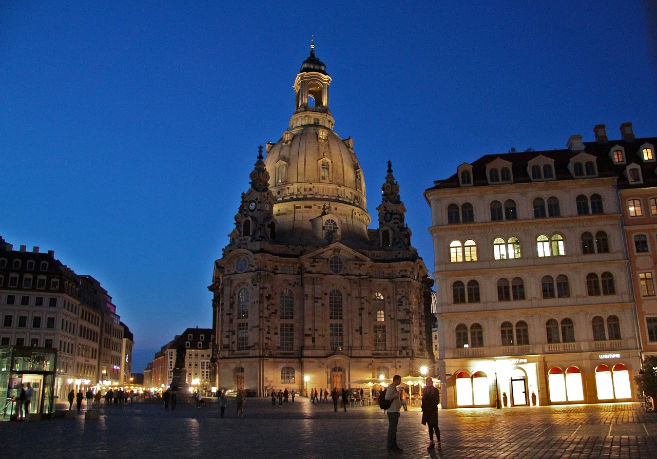 dresden,frauenkirche,germany,night,lights,city,free pictures, free photos, free images, royalty free, free illustrations, public domain