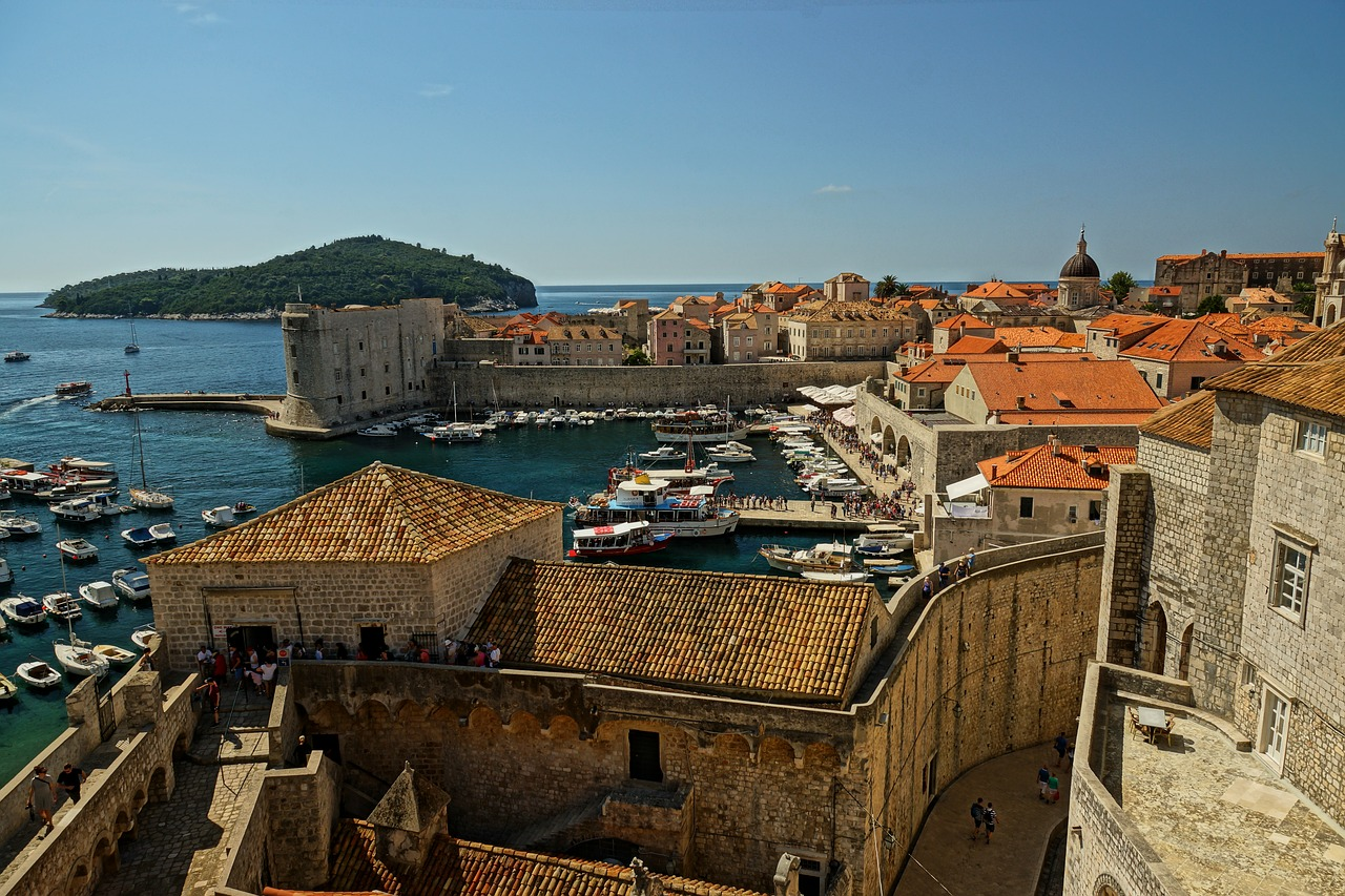 dubrovnik the walls city free photo