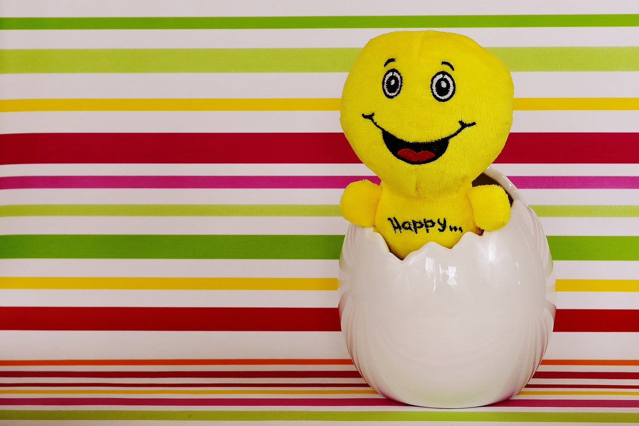 easter happy easter smiley free photo