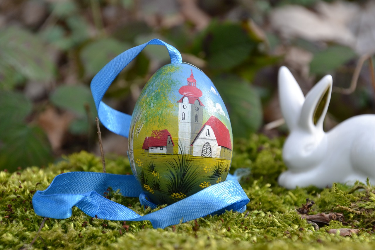 easter  easter egg  colorful free photo