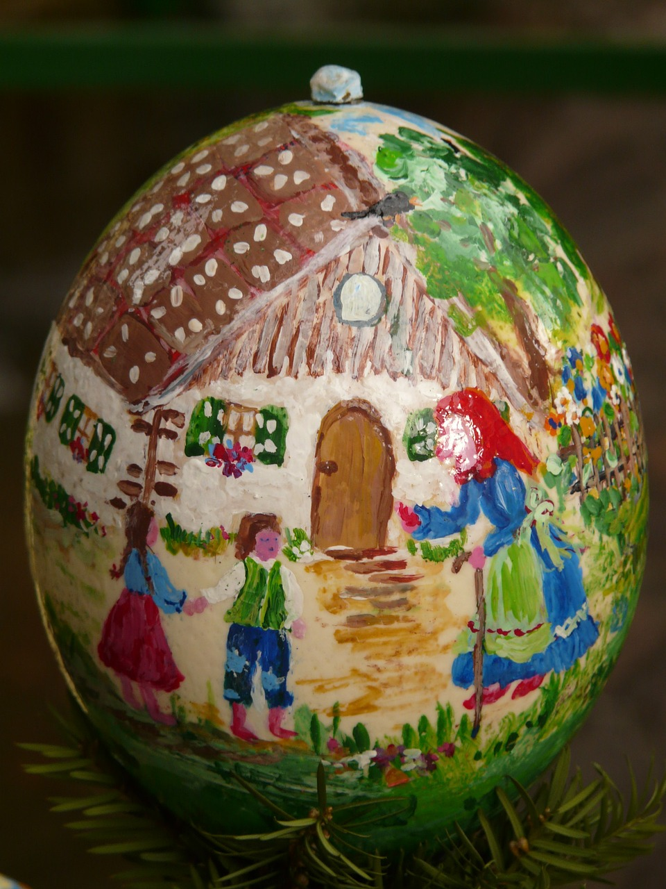 easter egg,easter,paint,easter egg painting,easter eggs,egg,painting,art,color,colorful,hansel and gretel,the witch,free pictures, free photos, free images, royalty free, free illustrations, public domain