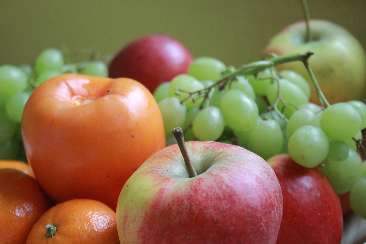 eat fruit healthy free photo