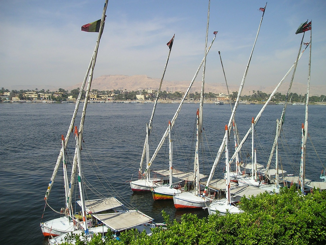 egypt,nile,felucca,boats,luxor,free pictures, free photos, free images, royalty free, free illustrations, public domain