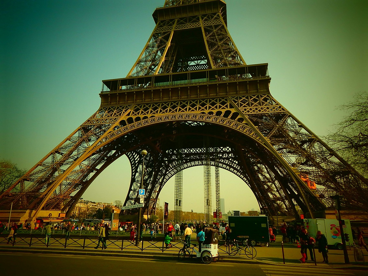 eiffel tower paris france free photo