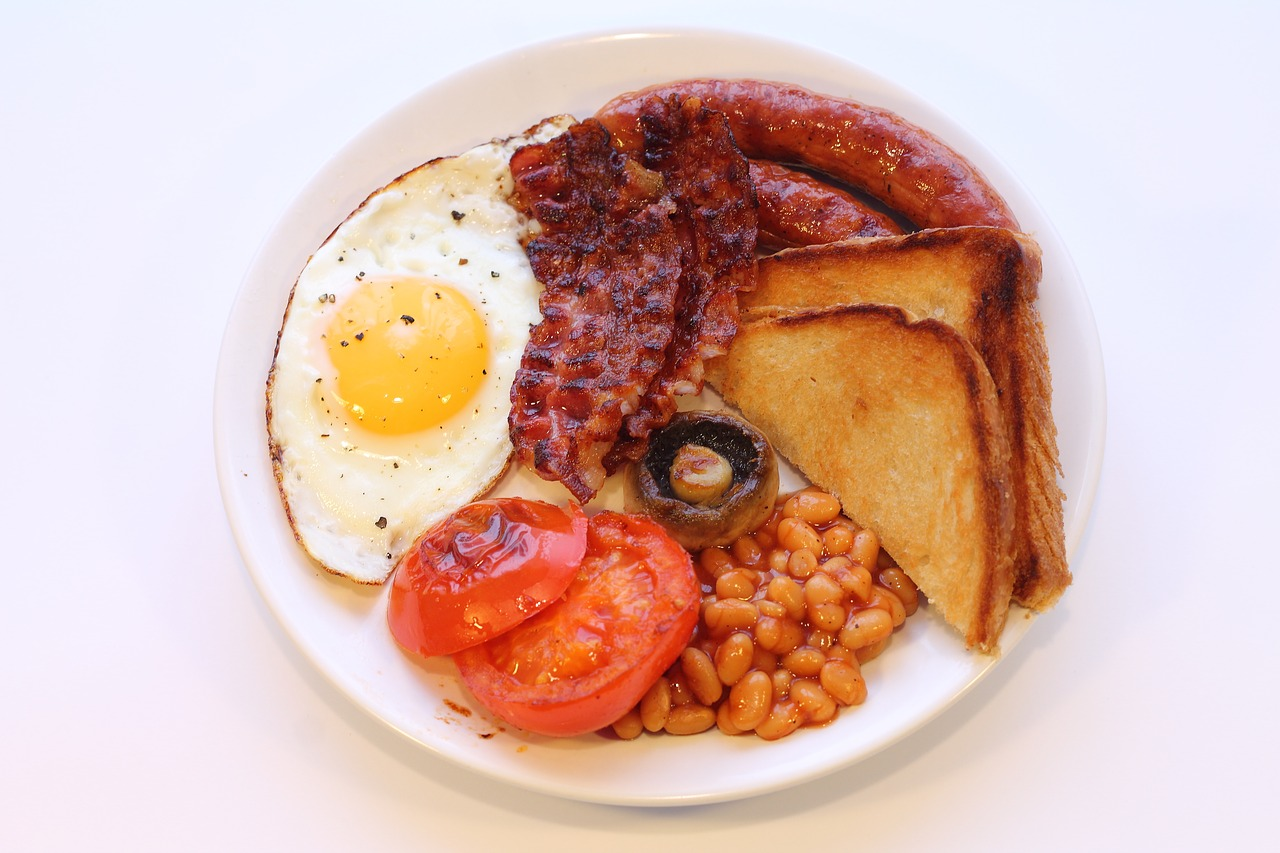 english breakfast eating bacon free photo