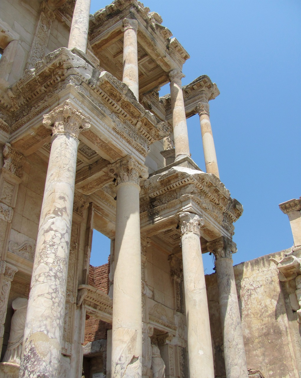 ephesus library of celsus classical architecture free photo